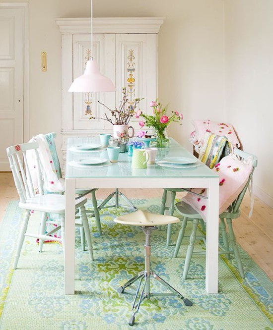Mix And Chic Bright And Colorful Dining Room Ideas: Soft And Pretty Pastels
