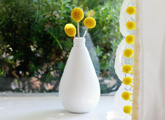 Bud vase with billy balls | At Home in Love