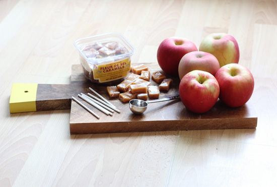 Mini caramel apples | At Home in Love