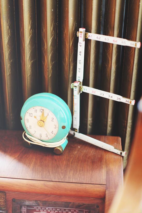 Love this aqua vintage clock