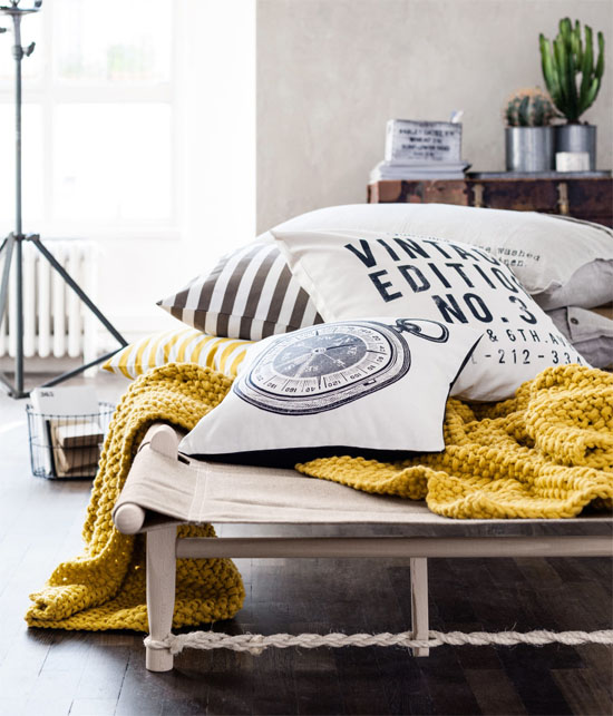 Mustard blanket from H&M
