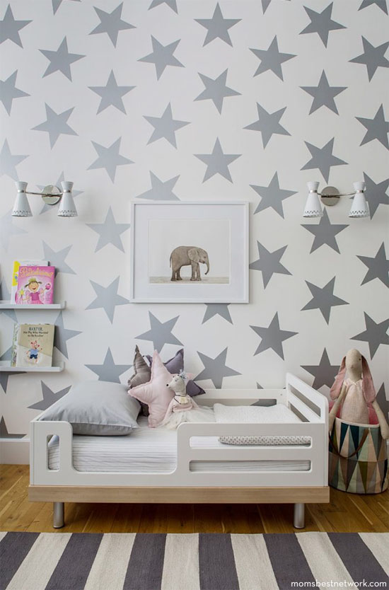 Kid's room with star wallpaper & elephant art