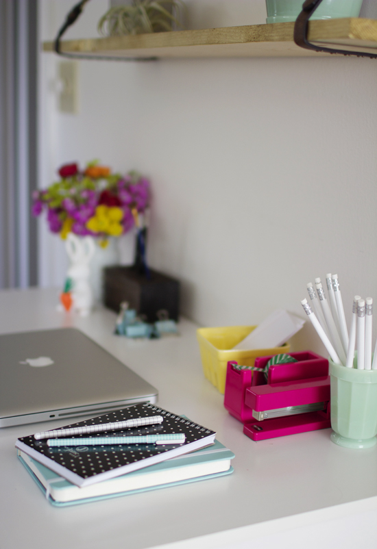 Pretty office supply giveaway
