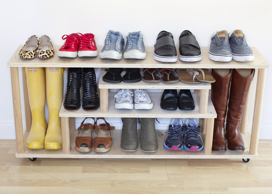diy plywood shoe rack at home in love. Black Bedroom Furniture Sets. Home Design Ideas