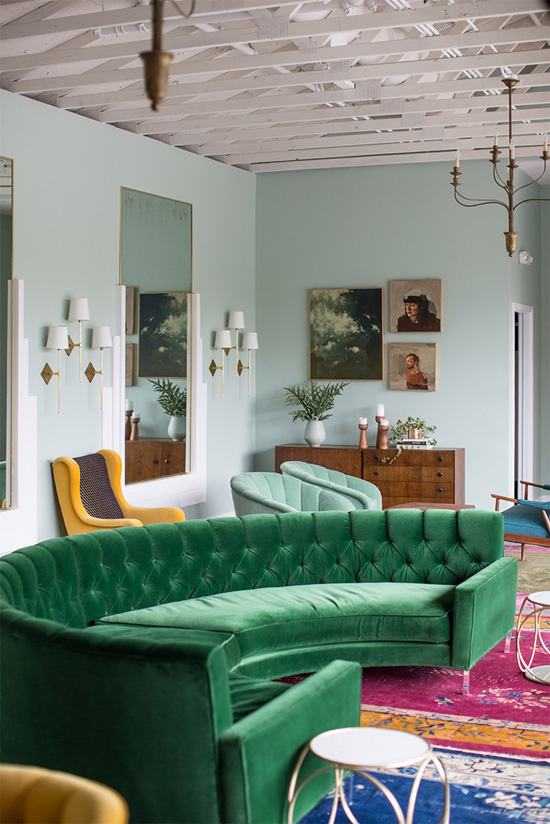 Round sectional in green velvet (dreamy!)