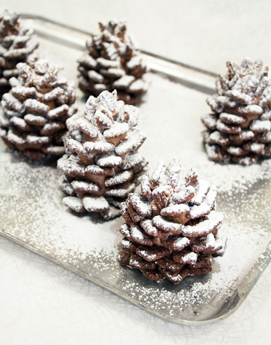Edible pinecone made with Nutella and cereal