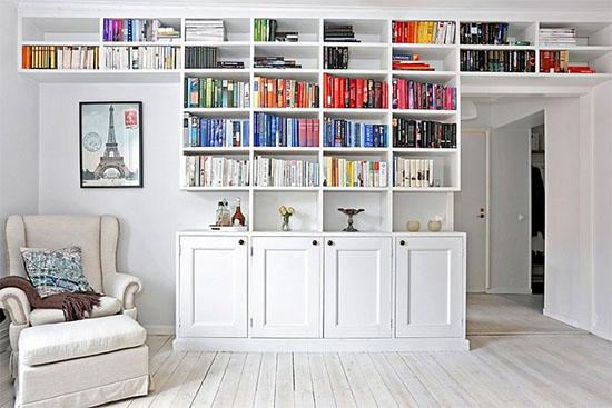 Tips for color blocked bookshelves