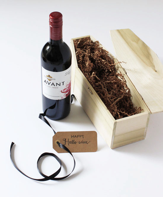 Happy Hallo-wine! Make a wine coffin and nest a bottle of wine inside to give as a hostess gift, etc.