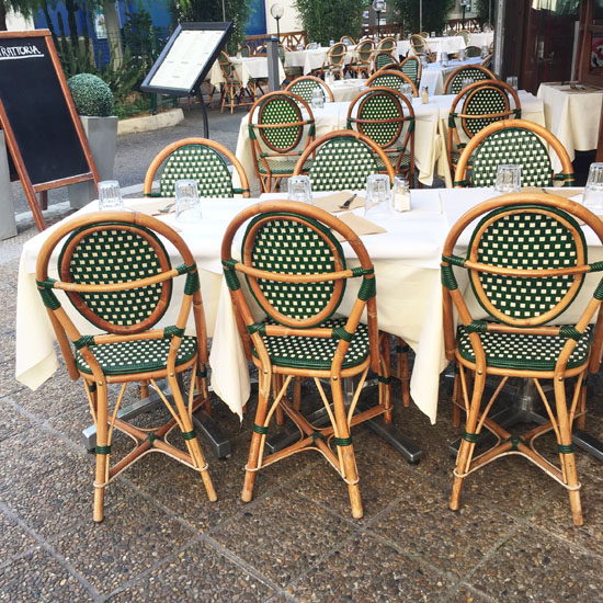 Love French bistro chairs
