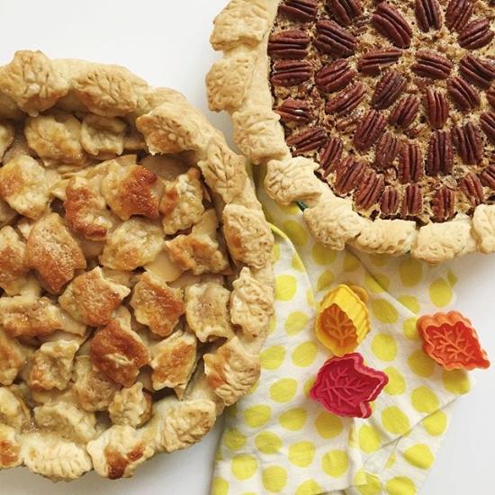 Leaf pie crusts