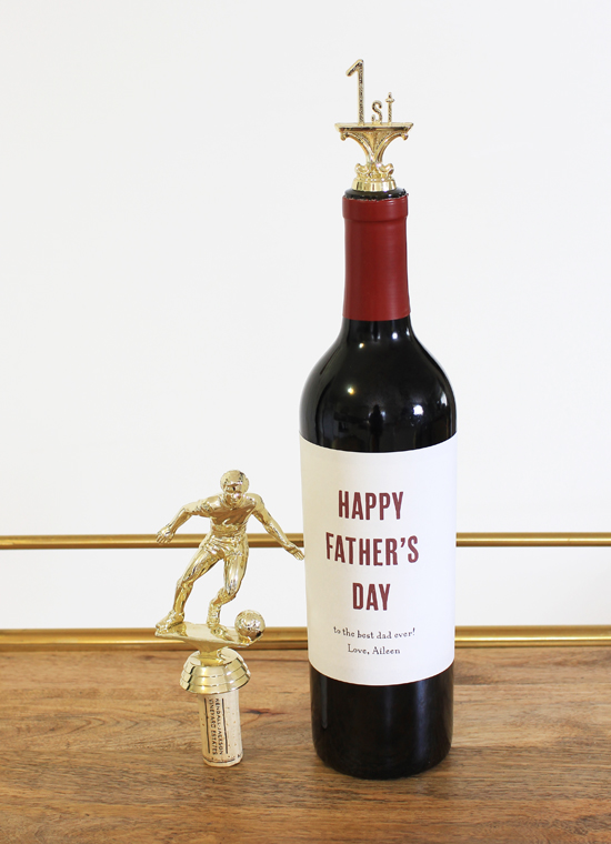 DIY trophy wine stoppers