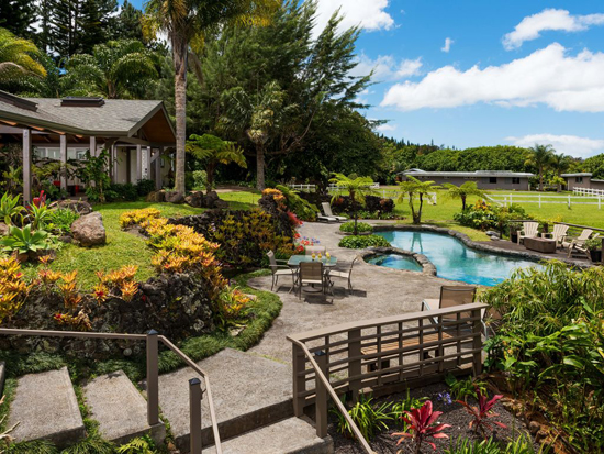 Best vacation rentals in Hawaii: This romantic B&B on Maui
